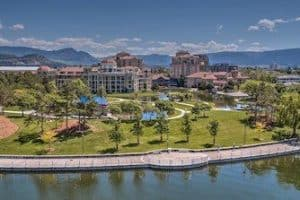 Kelowna Grand Okanagan Resort